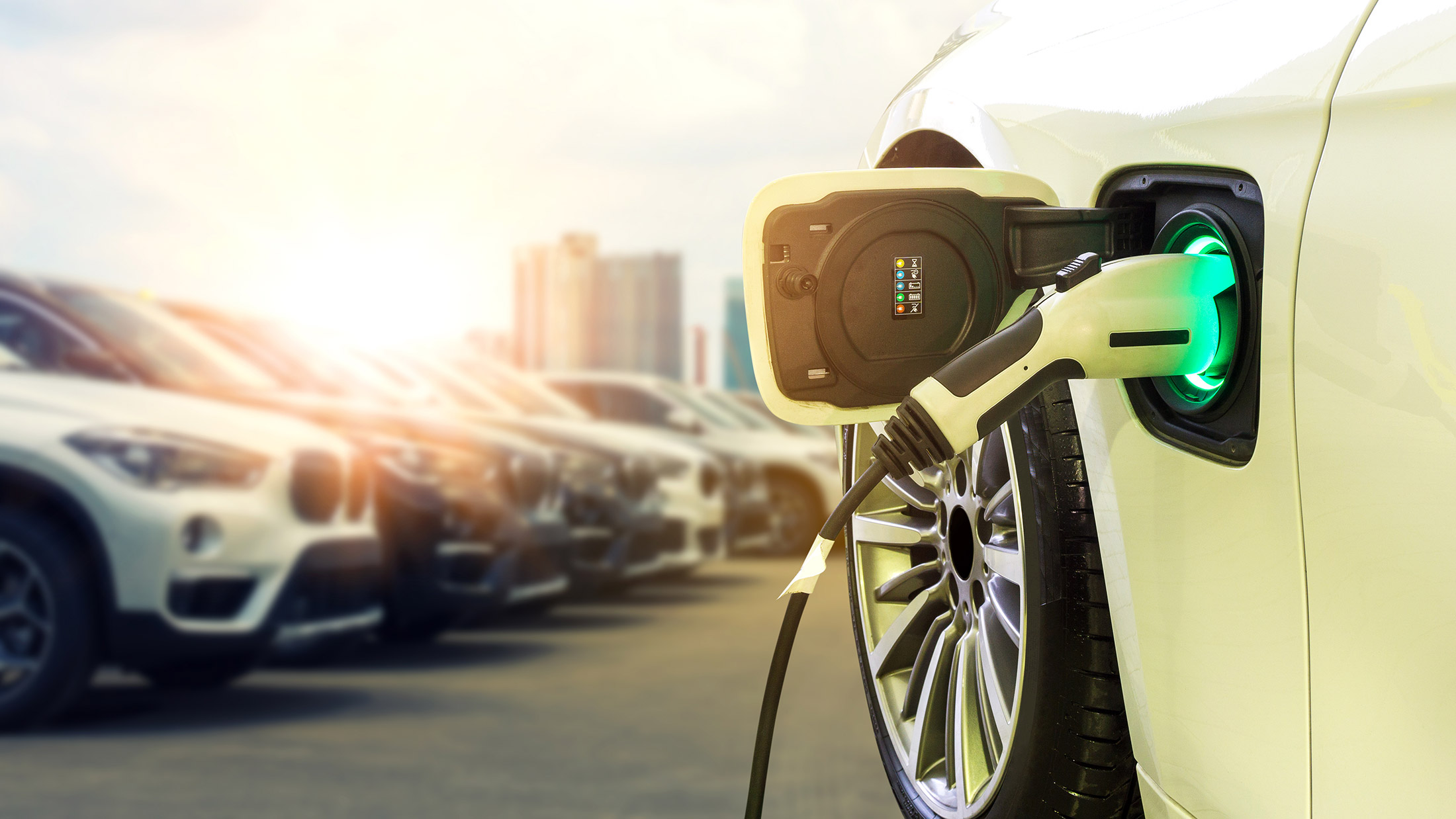 8 Reasons Why Investing In a Hybrid Car Is Worth It